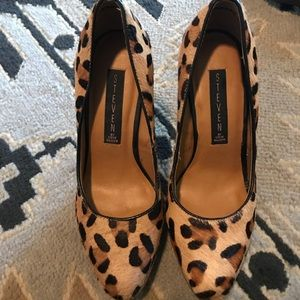 Steven by Steve Madden leopard print fur shoes.